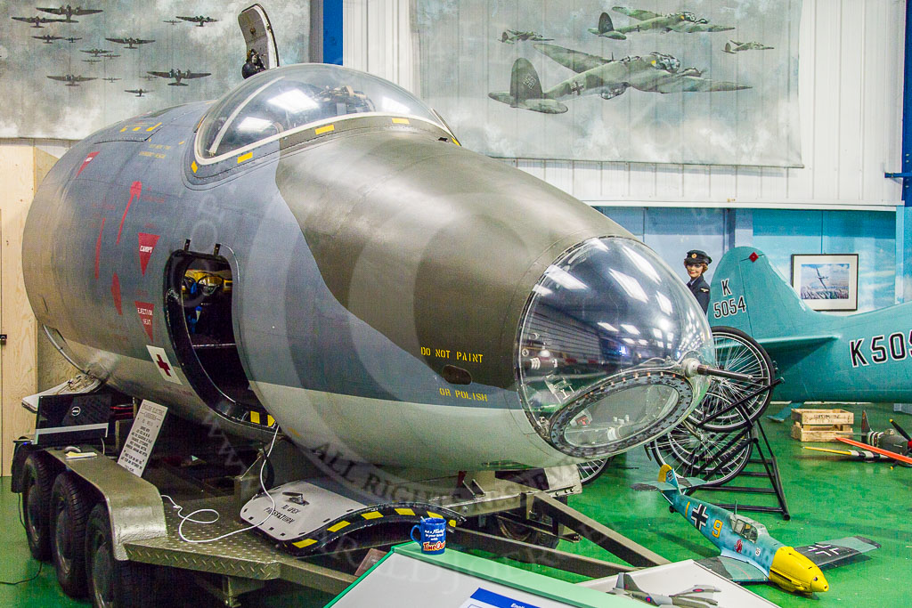 How a virtual tour helps a museum – the Canberra bomber ... B2 Cockpit Panorama