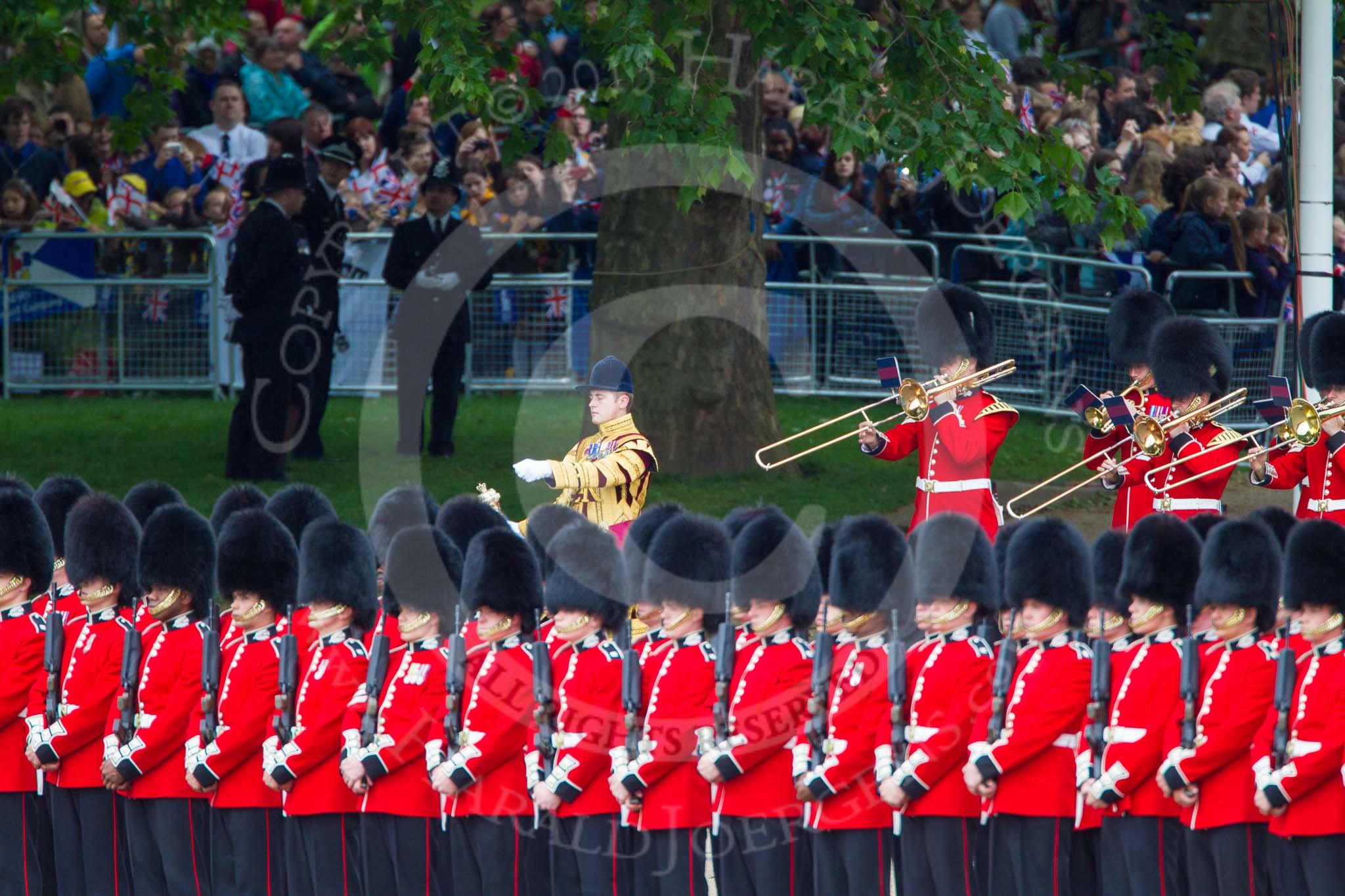 Queen's Birthday Parade 2013 - Trooping the Colour Photos ...