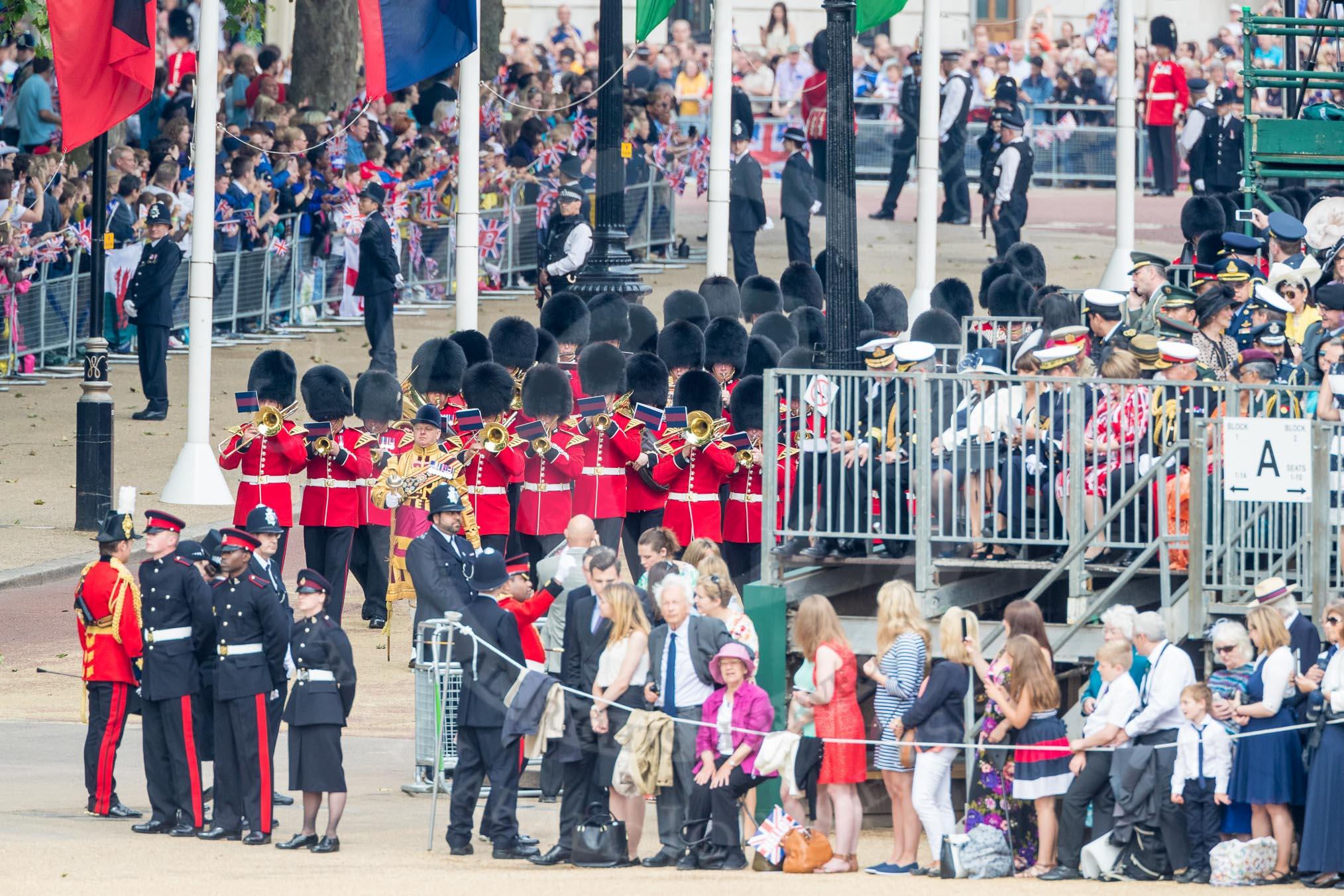 Queen's Birthday Parade 2016 - Trooping the Colour Photos ...