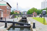 BCN Marathon Challenge 2014: Farmers Bridge Top Lock, the first of 13 locks. These locks were so busy in the early days that there were long queues, although the locks were open 24 hours a day.. Birmingham Canal Navigation,   United Kingdom, on 23 May 2014 at 13:37, image #13