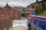 BCN Marathon Challenge 2014: Narrowboat Felonious Mongoose entering lock #2 of the Farmers Bridge Flight on the Birmingham & Fazeley Canal. Birmingham Canal Navigation,   United Kingdom, on 23 May 2014 at 13:50, image #18
