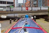 BCN Marathon Challenge 2014: Narrowboat Felonious Mongoose descending in lock #4 of the Farmers Bridge Flight on the Birmingham & Fazeley Canal at Saturday Bridge. Birmingham Canal Navigation,   United Kingdom, on 23 May 2014 at 14:03, image #21
