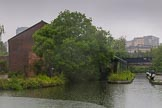 BCN Marathon Challenge 2014: Warwick Bar stop lock, and Warwick Wharf on the left on the Grand Union (Warwick & Birmingham Junction Canal) close to Digbeth Junction. Birmingham Canal Navigation,   United Kingdom, on 24 May 2014 at 09:30, image #92