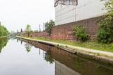 BCN 24h Marathon Challenge 2015: On the right is the former entrance to a canal arm serving Darcast Foundries. A small loop ran parallel to the canal, and joined again shortly before the bridge.. Birmingham Canal Navigations,    on 23 May 2015 at 10:04, image #53