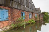 BCN 24h Marathon Challenge 2015: An old factory at the BCN Engine Arrm that seems to be in use, despite the slightly derelict state. Birmingham Canal Navigations,    on 23 May 2015 at 10:59, image #79