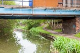BCN 24h Marathon Challenge 2015: Factory foot bridge, followed by a factory bridge on the right that served a canal arm to Bradley & Fosters Ltd. Birmingham Canal Navigations,    on 23 May 2015 at 16:40, image #136