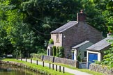 : A beautiful cottage (was it a lock keepers cottage?) at Marple bottom lock on the Lower Peak Forest Canal.     on 03 July 2015 at 15:29, image #33