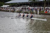 Henley Royal Regatta 2012 (Thursday): Race 23, Visitors' Challenge Cup:  Oxford University and Isis Boat Club (205, Bucks) v Durham University  (196, Berks). River Thames beteen Henley-on-Thames and Remenham/Temple Island , Henley-on-Thames, Oxfordshire, United Kingdom, on 28 June 2012 at 11:16, image #161