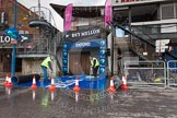 The Boat Race 2013: Cleaning the dark blue carpet for the Oxford squad, hours before the 2013 Boat Race.. Putney, London SW15,  United Kingdom, on 31 March 2013 at 11:06, image #4