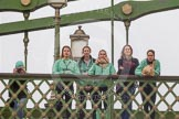 The Boat Race season 2016 - Women's Boat Race Trial Eights (CUWBC, Cambridge): CUWBC onlookers on Hammersmith Bridge. River Thames between Putney Bridge and Mortlake, London SW15,  United Kingdom, on 10 December 2015 at 11:11, image #84