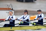 """The Boat Race season 2018 - Women's Boat Race Trial Eights (OUWBC, Oxford): """"Coursing River"""" - stroke Beth Bridgman, 7 Juliette Perry, 6 Katherine Erickson. River Thames between Putney Bridge and Mortlake, London SW15,  United Kingdom, on 21 January 2018 at 14:28, image #66"""