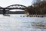 The Women's Boat Race season 2018 - fixture CUWBC vs. ULBC: CUWBC, on the left. in the lead again during the second part of the race, approaching Barnes Railway Bridge. River Thames between Putney Bridge and Mortlake, London SW15,  United Kingdom, on 17 February 2018 at 13:31, image #142
